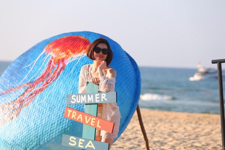 Cận cảnh quán bar biển lộng gió vừa ra mắt tại Sầm Sơn, Quy Nhơn ảnh 10