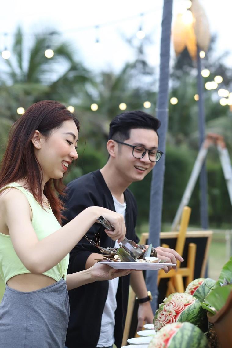Cận cảnh quán bar biển lộng gió vừa ra mắt tại Sầm Sơn, Quy Nhơn ảnh 6