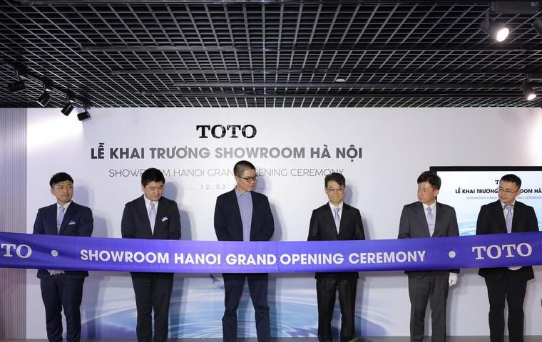 Khai trương showroom đầu tiên của TOTO tại Hà Nội ảnh 1