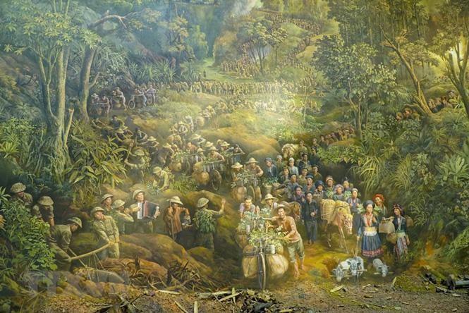 Cận cảnh bức tranh khổng lồ tái hiện chiến thắng Điện Biên Phủ ảnh 1