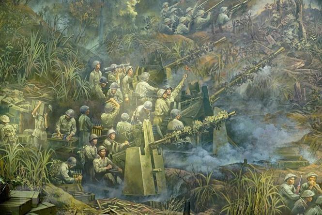 Cận cảnh bức tranh khổng lồ tái hiện chiến thắng Điện Biên Phủ ảnh 2