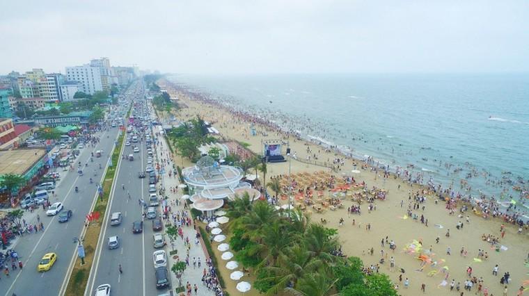 Du lịch tăng trưởng kỷ lục, nhà phố thương mại Sầm Sơn hút mạnh dòng tiền ảnh 1