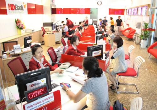 HDBank duy trì vị thế trong Top 50 công ty kinh doanh hiệu quả nhất Việt Nam ảnh 1