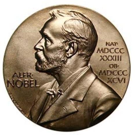 Giải Nobel được tổ chức trao thưởng từ năm nào?