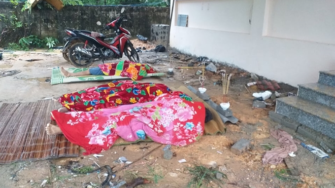 Tường bê tông đổ sập đè vào nhóm thợ xây đang ngủ khiến 3 người tử vong ảnh 1