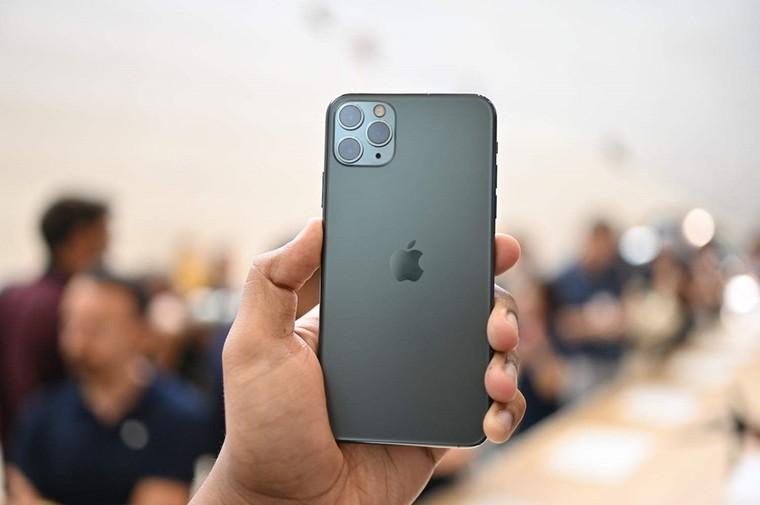 Giá iPhone 11 chạm đáy tại Việt Nam, 13 triệu đã có thể mua ảnh 2
