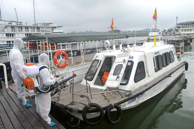 Đối phó với Covid-19, Quảng Ninh tạm dừng đón khách du lịch ảnh 3