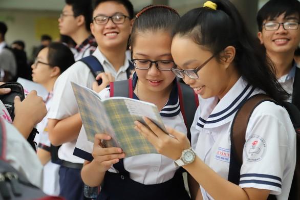 TP.HCM công bố kế hoạch tuyển sinh lớp 10 năm học 2020-2021 ảnh 1