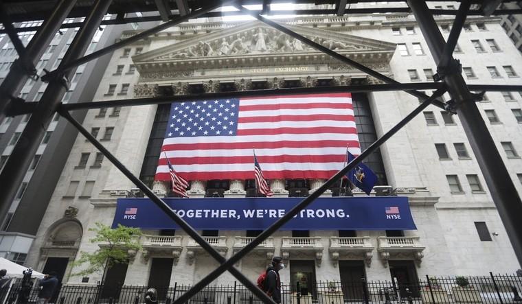 Doanh nghiệp chịu trận giữa căng thẳng Mỹ - Trung ảnh 1