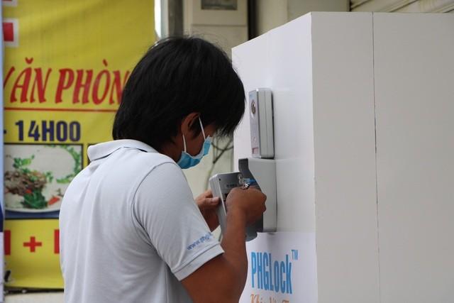 Sau 'ATM gạo', 'ATM khẩu trang miễn phí' xuất hiện tại TP.HCM ảnh 10