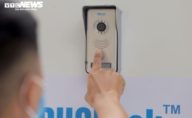 Cây 'ATM khẩu trang' miễn phí giúp người Hà Nội chống COVID-19 ảnh 5