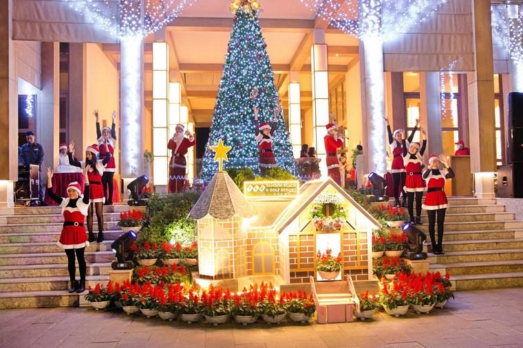 Trầm trồ với xứ sở Giáng Sinh đẹp tựa trời Âu tại các khu nghỉ dưỡng FLC ảnh 1