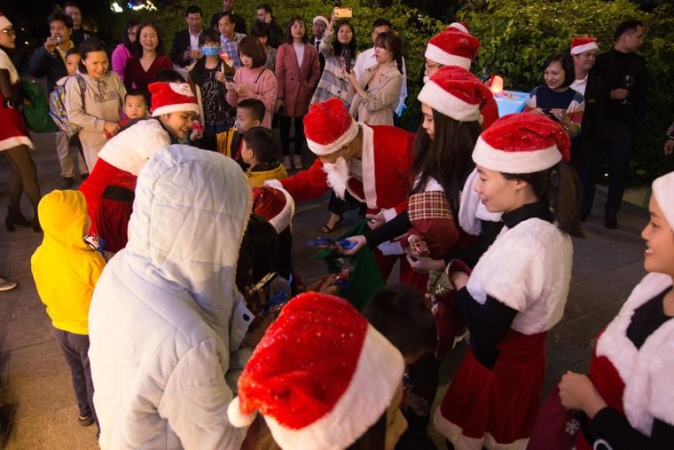 Trầm trồ với xứ sở Giáng Sinh đẹp tựa trời Âu tại các khu nghỉ dưỡng FLC ảnh 4