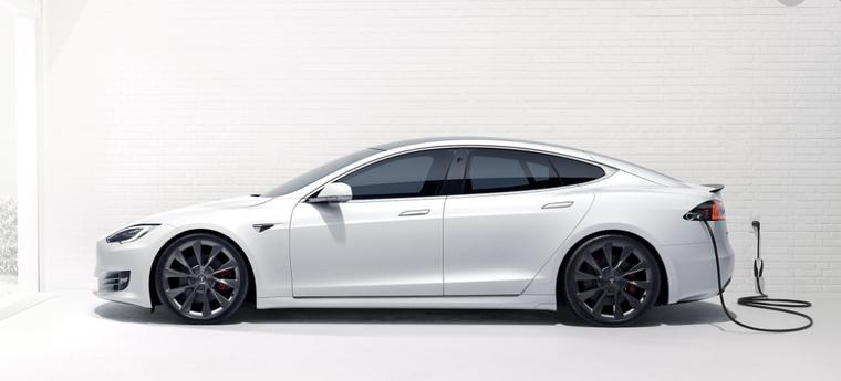 Tesla Model S tự lái đâm Honda Civic - 2 người chết. ảnh 1