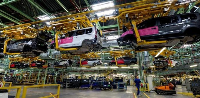 Ford phải đóng cửa nhà máy vì công nhân nhiễm Virus Corona ảnh 1