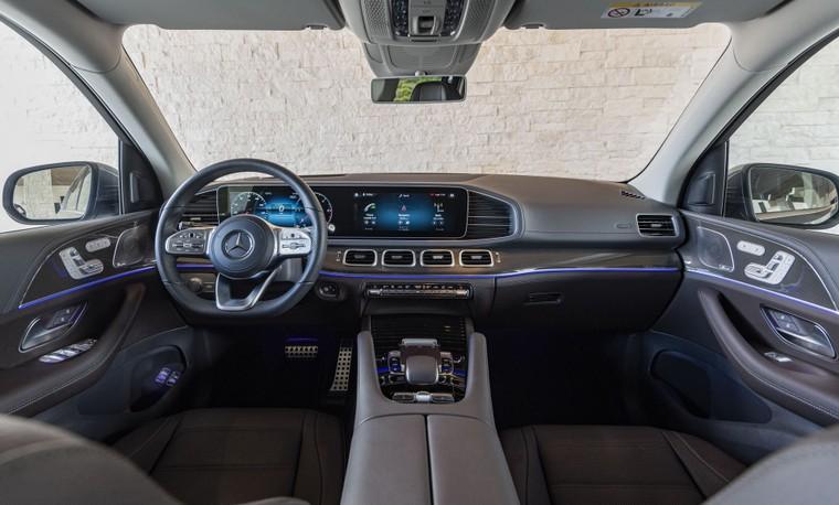 Đâu là cái tên hàng đầu trong những chiếc SUV siêu sang cỡ lớn? ảnh 12