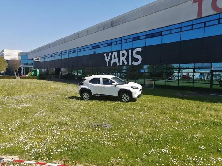 Toyota Yaris Cross 2021 nhỏ hơn và hứa hẹn rẻ hơn C-HR