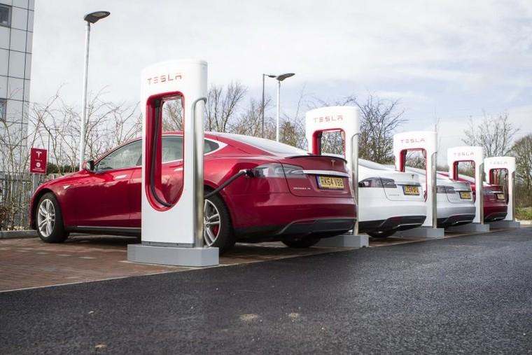 Nghiên cứu chỉ ra sẽ có đến 1/3 lượng xe bán ra năm 2030 là xe điện ảnh 1