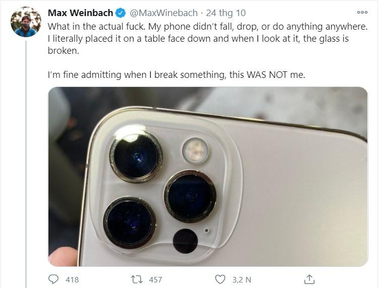iPhone 12 trưng bày chưa được một tuần đã bị tróc sơn ảnh 2