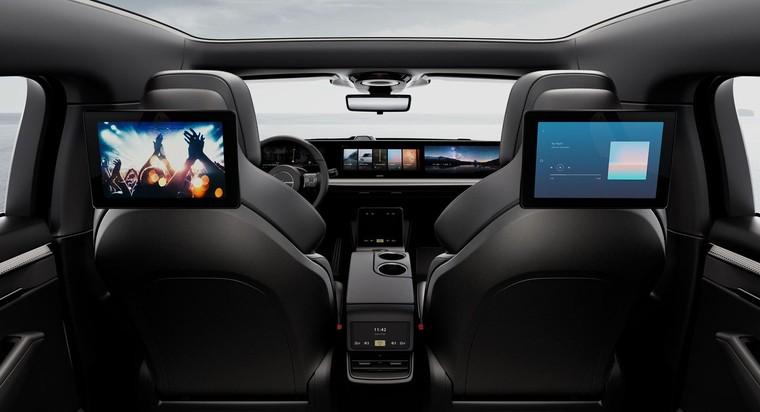 Xe điện Vision-S của Sony chạy thử nghiệm trên đường thực tế ảnh 2