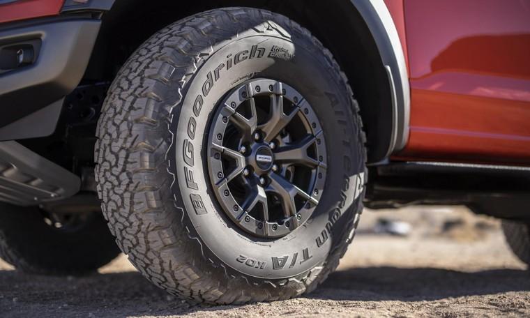 Ford tiết lộ F-150 Raptor 2021 và xác nhận động cơ V8 Super Duper Raptor R cho phiên bản 2022 ảnh 5