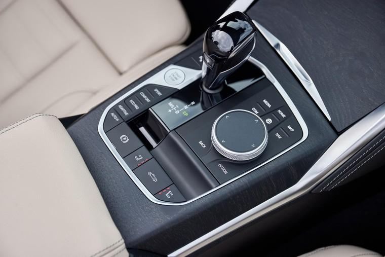 'Soi' ảnh chi tiết BMW 4-Series Convertible ảnh 40