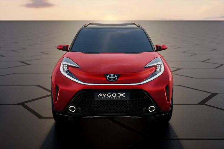 Toyota lộ diện mẫu Crossover cỡ nhỏ mới với thiết kế lạ mắt ảnh 2