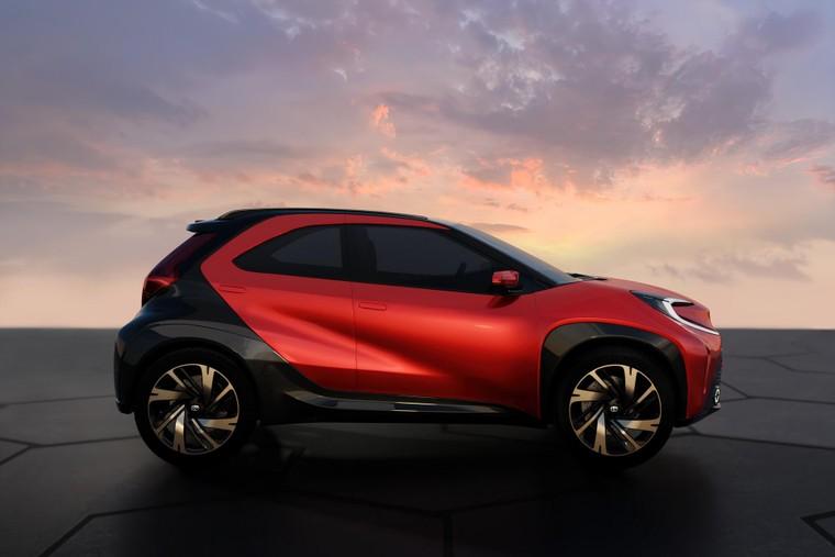 Toyota lộ diện mẫu Crossover cỡ nhỏ mới với thiết kế lạ mắt ảnh 6