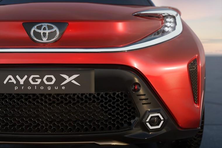 Toyota lộ diện mẫu Crossover cỡ nhỏ mới với thiết kế lạ mắt ảnh 5