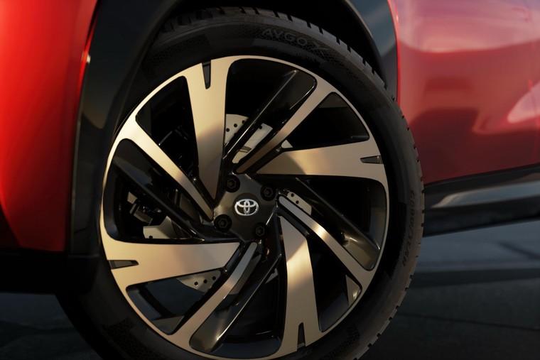 Toyota lộ diện mẫu Crossover cỡ nhỏ mới với thiết kế lạ mắt ảnh 9
