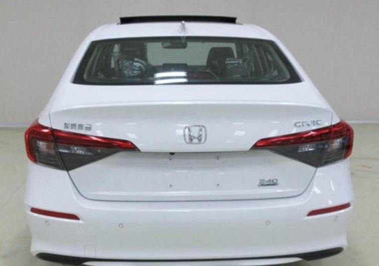 Honda Civic 2022 bị bắt gặp lăn bánh trước ngày ra mắt ảnh 2