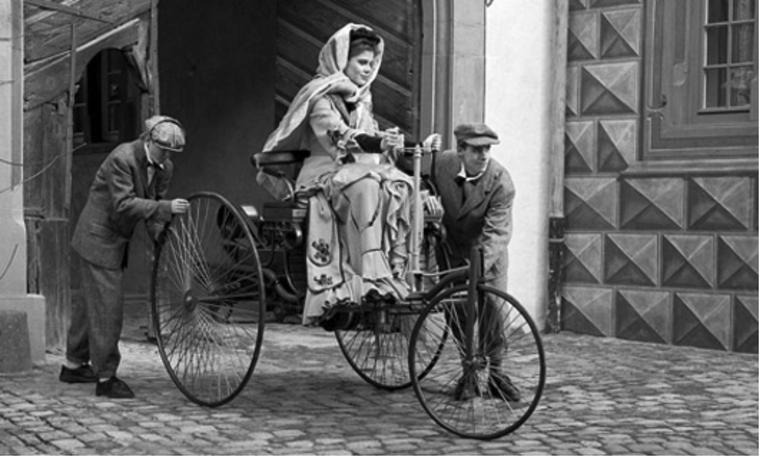 Ô tô điện - Hãng xe tiên phong, người dùng tiên phong ảnh 1