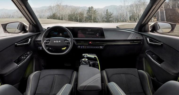 Kia EV6 ra mắt, mạnh hơn Porsche Taycan ảnh 2