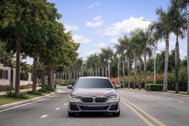 BMW 5 Series mới chính thức ra mắt tại Việt Nam ảnh 9
