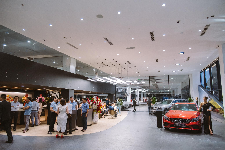 Mercedes-Benz khai trương Đại lý tiêu chuẩn MAR2020 lớn nhất khu vực Bắc và Bắc Trung Bộ ảnh 1