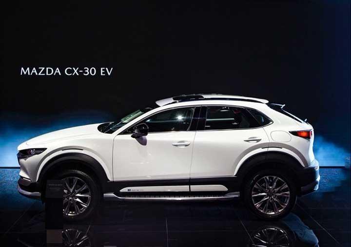 Vừa ra mắt tại Việt Nam, Mazda CX-30 đã có phiên bản chạy điện xuất hiện tại Trung Quốc ảnh 2