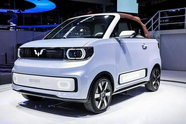 Wuling Hongguang Mini EV, chiếc xe điện bán chạy nhất trên thế giới, ra mắt bản mui trần ảnh 1