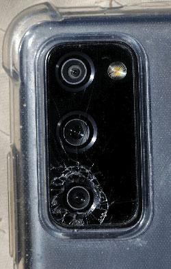 Samsung đang bị kiện vì việc kính bảo vệ máy ảnh trên Galaxy S20 series bị nứt ảnh 1