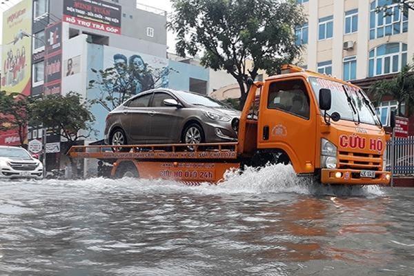 Những điều cần phải chú ý khi điều khiển ô tô trong mùa mưa ảnh 4