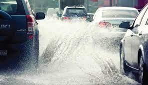 Những điều cần phải chú ý khi điều khiển ô tô trong mùa mưa ảnh 3