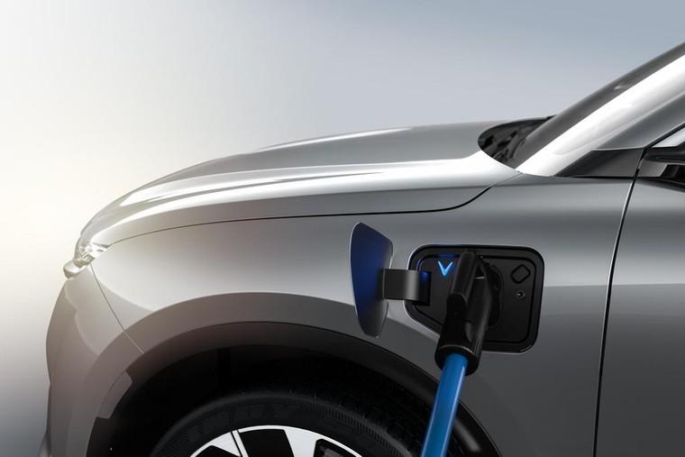 'VinFast gánh mọi rủi ro về pin để ô tô điện tiếp cận được số đông người dùng' ảnh 4