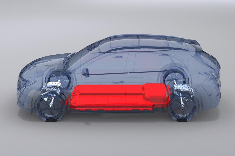'VinFast gánh mọi rủi ro về pin để ô tô điện tiếp cận được số đông người dùng' ảnh 2
