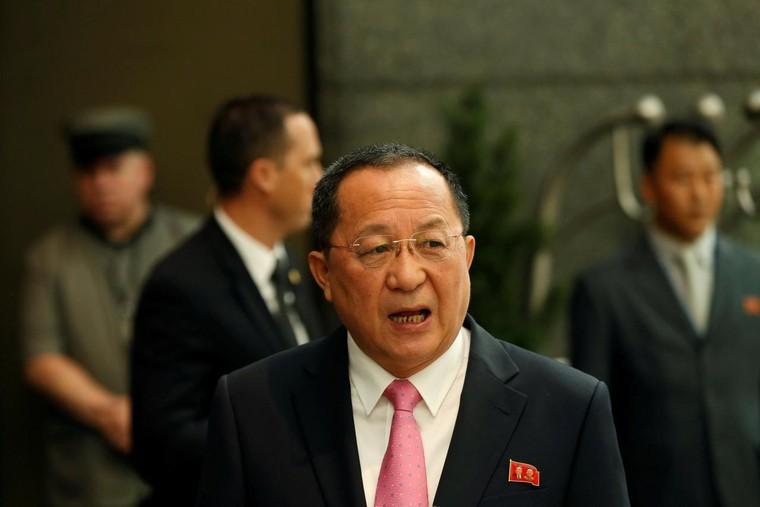 Nhà ngoại giao Triều Tiên mạnh miệng chỉ trích Tổng thống Mỹ là ai? ảnh 1