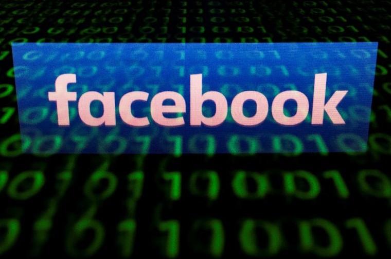 Kết quả hình ảnh cho US agency says Facebook ads let landlords discriminate