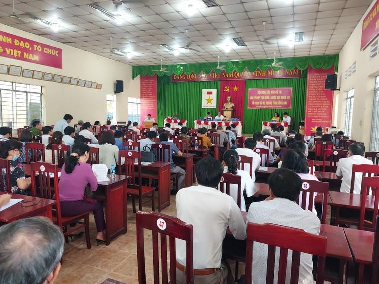 Vụ 'Livestream chê lãnh đạo Huyện, bị khởi tố': Người dân gửi đơn cầu cứu Đại tá Vũ Hồng Văn ảnh 1