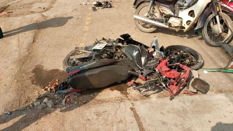 Đồng Nai: Xe chở gỗ gây tai nạn liên hoàn làm nhiều người bị thương ảnh 2