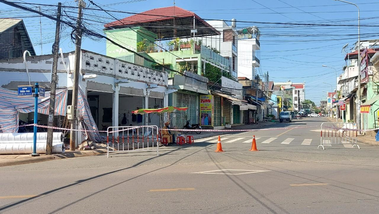 """Ca nghi nhiễm Covid-19 ở Đồng Nai: Trung tâm Y tế Long Khánh """"giấu"""" thông tin khi truy vết?! ảnh 1"""