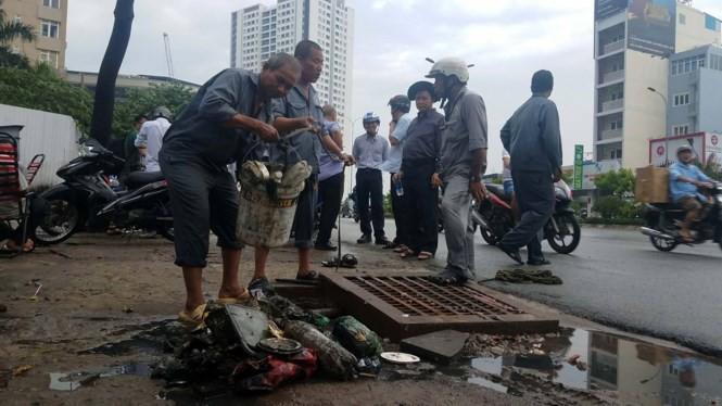 Mới nhất vụ siêu máy bơm 'bó tay' trước đường ngập ở Sài Gòn ảnh 1