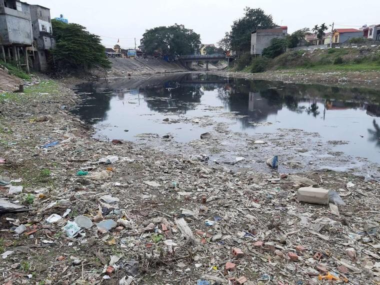 Sông Nhuệ - Đáy ô nhiễm là do chưa được tiếp nước từ sông Tích? ảnh 2