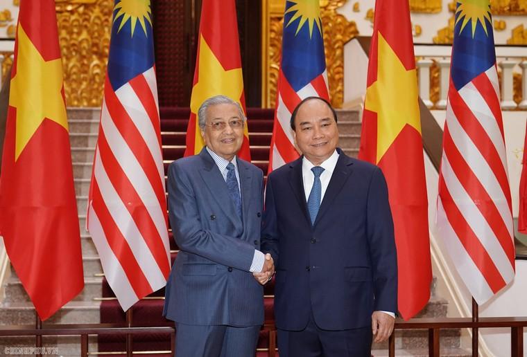 Thủ tướng Nguyễn Xuân Phúc đón, hội đàm với Thủ tướng Malaysia ảnh 5